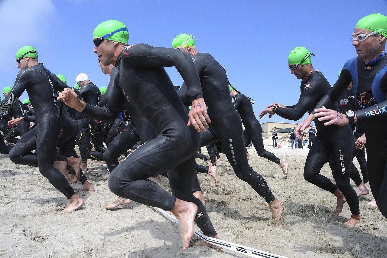 athletes qui font du triathlon