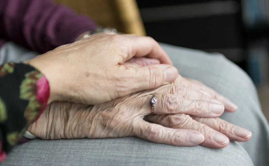 L'aide à domicile pour les personnes âgées, malades ou handicapées